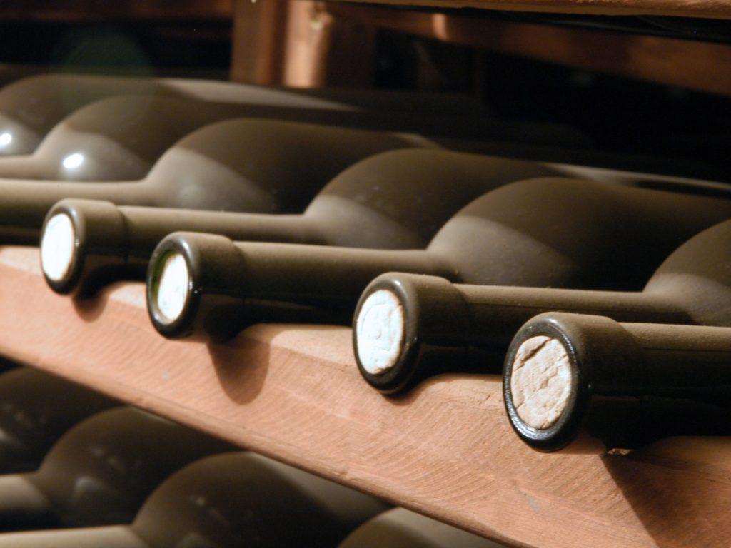 Что влияет на срок хранения вина