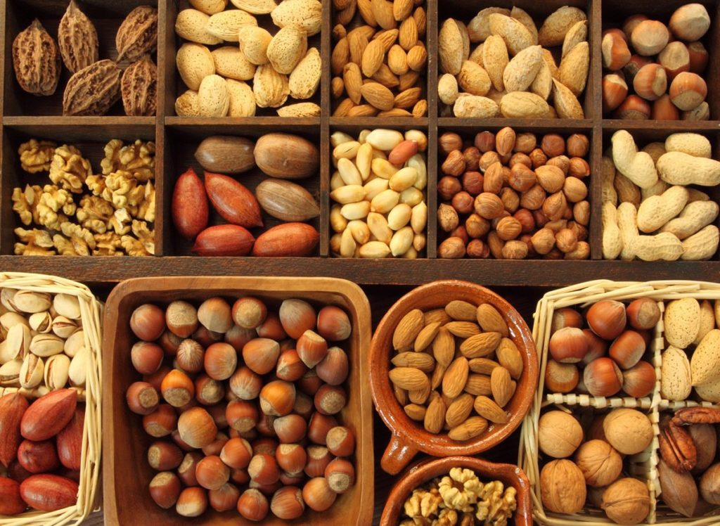хранение разных орехов