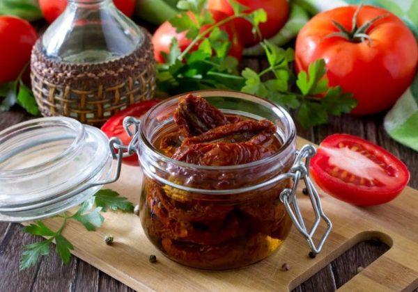 как хранить вяленые помидоры на зиму