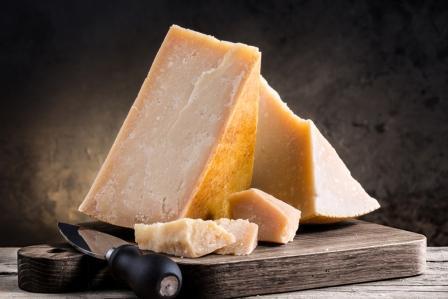 Как правильно хранить сыр Пармезан