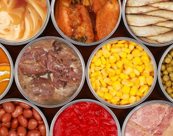 Как долго и где лучше хранить консервы из мяса и рыбы